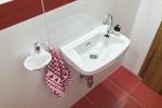 Waschbecken Mittelgeschoss